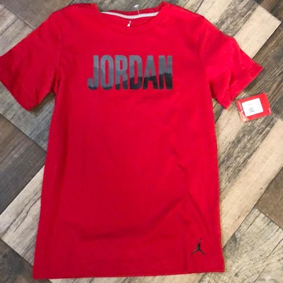 3a378db5b0978c Boys large Jordan t shirt